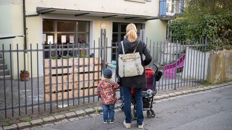 Bis am 20.Mai will der Bundesrat eine Verordnung zur finanziellen Unterstützung von Kindertagesstätten vorlegen.