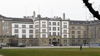 Im Kanton Zürich fehlt eine klare Rechtsgrundlage für den Einsatz von Polizei-Informanten.