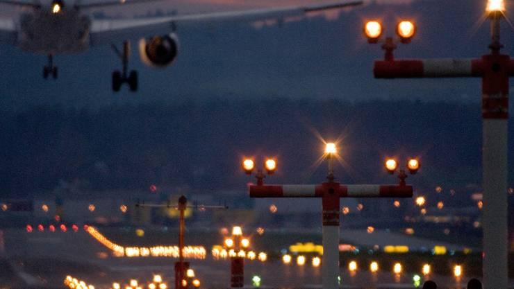 Flughafen Zürich überprüft Navigationsanlagen (Symbolbild)