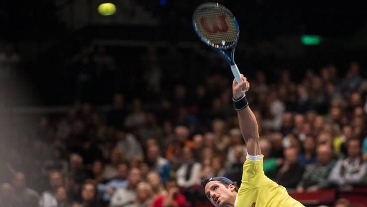 Feliciano Lopez verliert zusammen mit seinem Partner Marc Lopez den Punkt und später auch das Spiel.