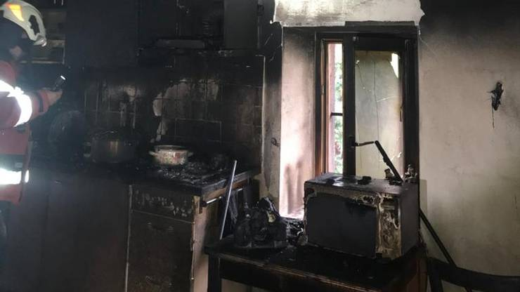 Eine auf dem Herd in Brand geratene Pfanne sorgte für das Feuer.
