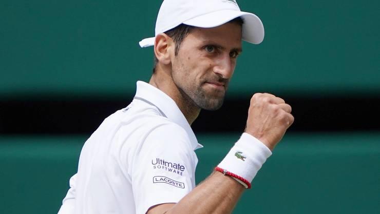 Titelverteidiger Novak Djokovic steht zum sechsten Mal im Wimbledon-Final. 2014 und 2015 hatte er dort jeweils Roger Federer besiegt.