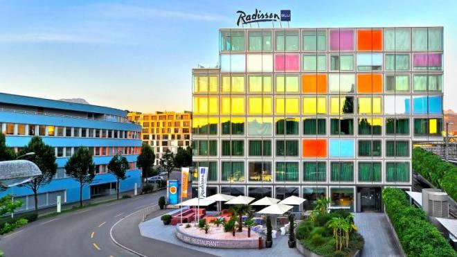 Zwischen Bahnhof und KKL - das Luzerner Radisson Blu Hotel liegt an zentralster Lage.