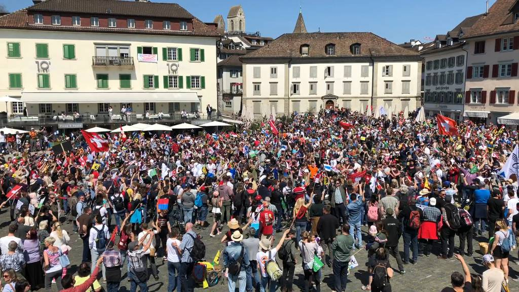 4000 Demonstrierende, 45 Wegweisungen und zwei Festnahmen
