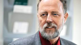 Gebhard Kirchgässner ist seit 1992 ordentlicher Professor für Volkswirtschaftslehre und Ökonometrie an der Universität St. Gallen und Direktor des Schweizerischen Instituts für Aussenwirtschaft und Angewandte Wirtschaftsforschung (SIAW).