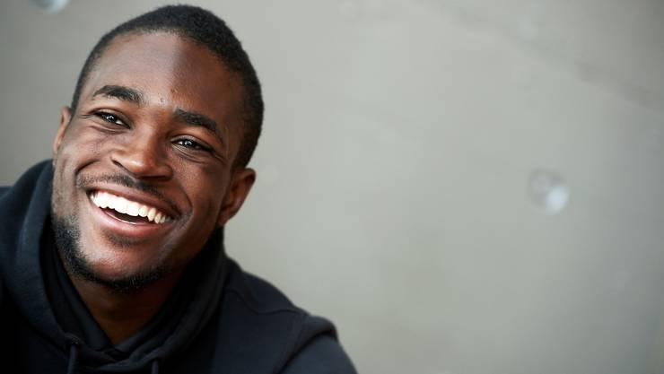 «Hey, ich bin Bundesligaspieler!» – Yvon Mvogo hat trotz viel Frust das Lachen nicht verlernt.