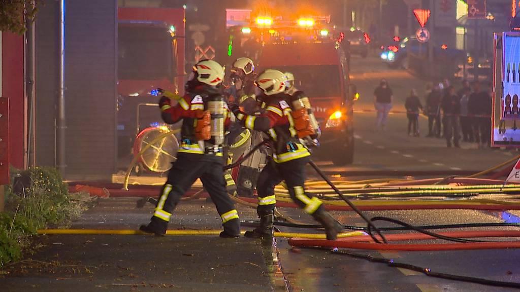 Fislisbach (AG): Grossbrand in einer Schreinerei