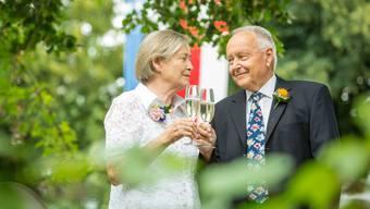 «Einen schöneren Jahrestag kann man nicht haben.» Silvia und Herbert Berner am gestrigen Maienzug.