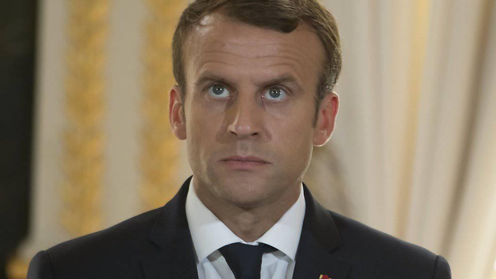 Die Weg wird steiniger für Präsident Emmanuel Macron - am Sonntag im Senat, der zweiten Parlamentskammer (Aufnahme vom 22. September im Elysée-Palast).