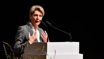 Justizministerin Karin Keller-Sutter genoss viel Zustimmung bei ihrem Auftritt zur Konzernverantwortungsinitiative im Stadttheater Olten vor zahlreichen Unternehmern aus der Region
