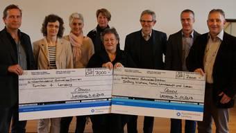 Vertreter von Rotary Club Lenzburg, den Business- und Professional-Women Lenzburg (BPW), der Freischarenküche, Rotary Club Lenzburg-Seetal sowie Rotaract Mittelland mit den Spendenempfängern von 2013.