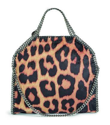 Die vegane Falabella-Bag von Stella McCartney ist seit Jahren ein Bestseller und hat andere Designer zu lederfreien Accessoires inspiriert. Bild: zvg