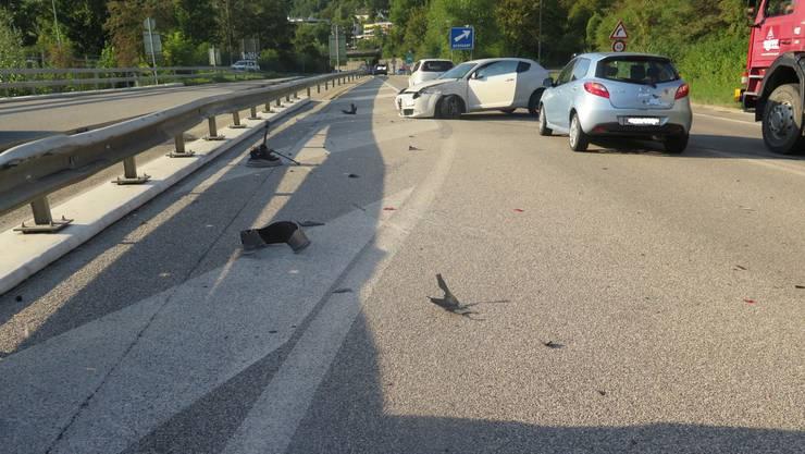 Bei einer Auffahrkollision auf der A22 in Liestal wurden drei Personen verletzt.