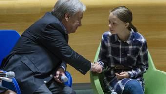 Uno-Generalsekretär Antonio Guterres bei einem Treffen mit der schwedischen Klimaaktivistin Greta Thunberg in New York.