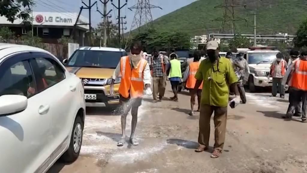 Gasunfall in indischer Fabrik: Mindestens acht Tote und Hunderte Verletzte