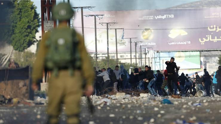 Strassenschlachten im Westjordanland: Die Hamas hat zur dritten Intifada aufgerufen.