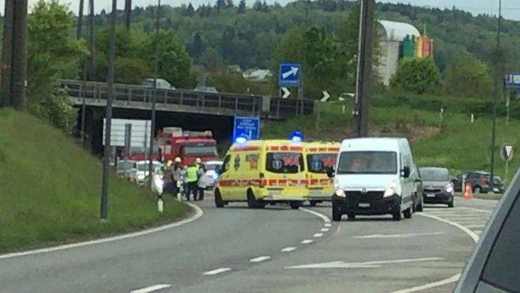 Die 31-jährige Kosovarin wurde beim Unfall verletzt und wurde mit einer Ambulanz ins Spital gebracht.