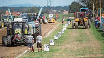 Die schwersten Traktoren, die in Etziken zugelassen werden, wiegen acht Tonnen.