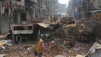 Wie im Krieg: Eine Strasse in Neu Delhi nach den schweren Zusammenstössen wegen der umstrittenen Reform des indischen Staatsbürgerschaftsgesetzes.