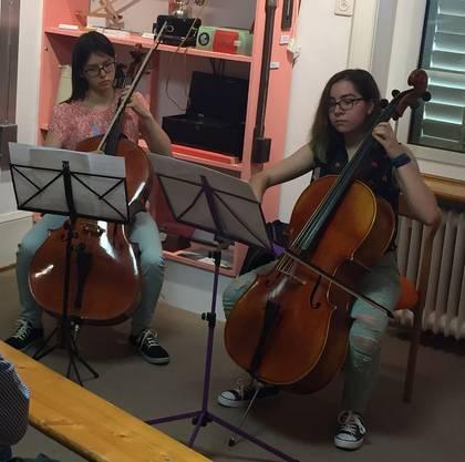 Cello-Duo Jocelyne Suter und Olivia Giger