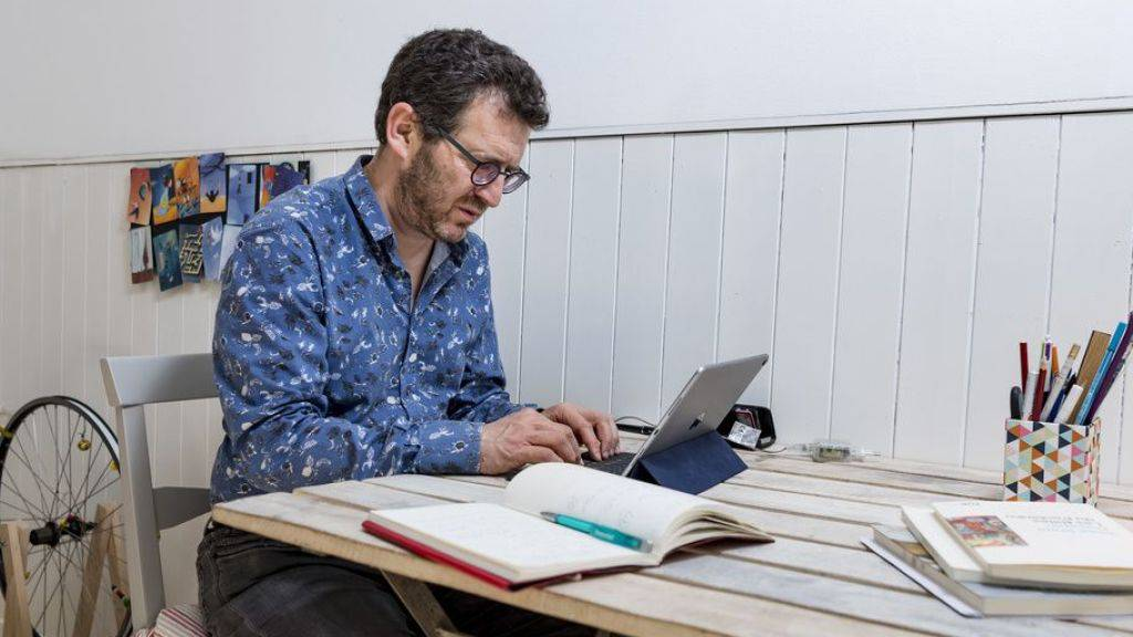Pierre Lepori macht Poesie, hat Lust auf Theaterprojekte. Unter anderem. Vor allem aber schreibt er.