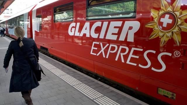 Letztes Jahr stiegen weniger Menschen in einen Glacier Express als 2009 (Archiv)