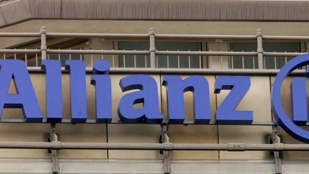 Der deutsche Versicherungskonzern Allianz ist durch Vorwürfe in den USA wegen einer schlechten Anlageperformance unter Druck geraten. (Archivbild)