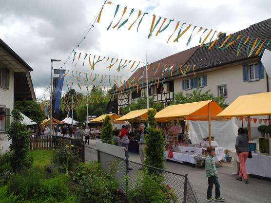 Freienwil mit seinen sch+Ânen G+ñrten bleibt ein Bijou in der Region