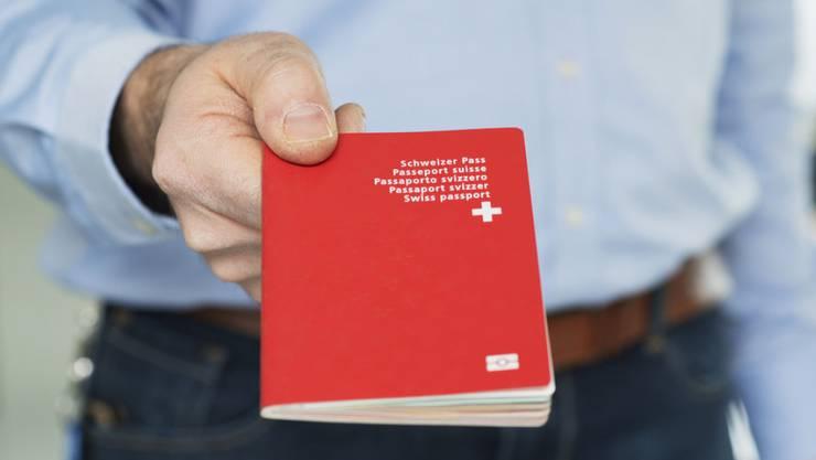 Lega-Nationalrat Lorenzo Quadri wollte Bundesräten, Parlamentsmitgliedern und Diplomaten verbieten, mehr als eine Staatsangehörigkeit zu haben - aus Gründen der Loyalität zur Schweiz. (Symbolbild)