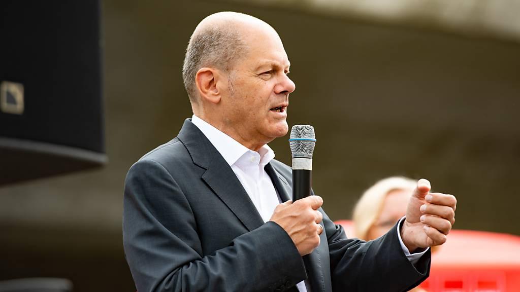 SPD-Kanzlerkandidat Olaf Scholz steht mit seiner Partei in den Umfragen so gut da wie lange nicht. Foto: Paul Zinken/dpa