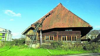 Lotterte in den letzten Jahren vor sich hin: das Hochstudhaus neben den WSB-Gleisen in Hirschthal.