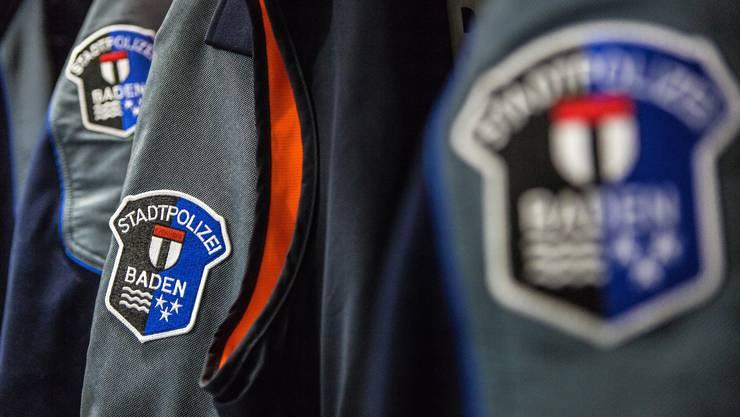Die Stadtpolizei Baden zeigte Präsenz beim Bahnhof nach Bekanntwerden der Terroranschläge