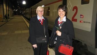 Die Kondukteurinnen machten die Passagiere darauf aufmerksam, dass der TGV nach Olten nur noch in Bern und Interlaken Ost anhält.