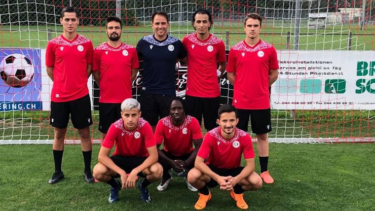 Die neuen Gesichter beim FC Dietikon (von links, obere Reihe zuerst): Jalal Jahoor, Luis Serra Cruz, Pedro Russiano (Assistenztrainer), Hichem Oudjouadj, Tim Neziri, Shayan Maroufi, Florentino Da Silva und Liridon Mazreku.