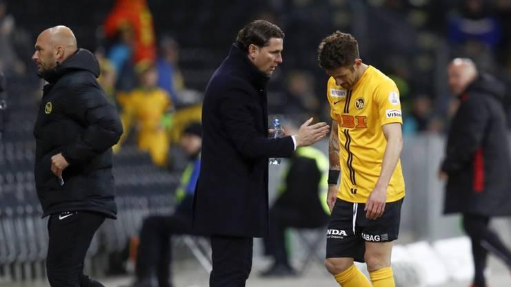Unmittelbar nach der neuerlichen Verletzung: Miralem Sulejmani, hier mit Trainer Gerardo Seoane, muss im Match gegen Sion den Platz verletzt verlassen
