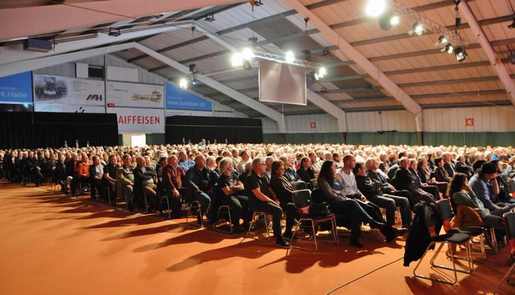 Über 1000 Genossenschafter kommen jeweils zur GV der Raiffeisenbank Aare-Rhein.