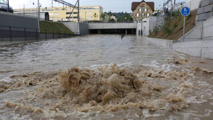 Geflutete Unterführung nach dem Hochwasser in Zofingen
