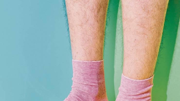 Mit dem «Januhaar» verabschieden sich Frauen vorübergehend vom Schönheitsideal der haarlosen Beine, Achseln, Intimzone.