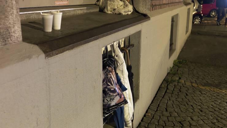 Es geht auch anders: Dieses Bild von zurückgelassenen Habseligkeiten stellt den Alltag der Prostituierten aus deren Perspektive dar.