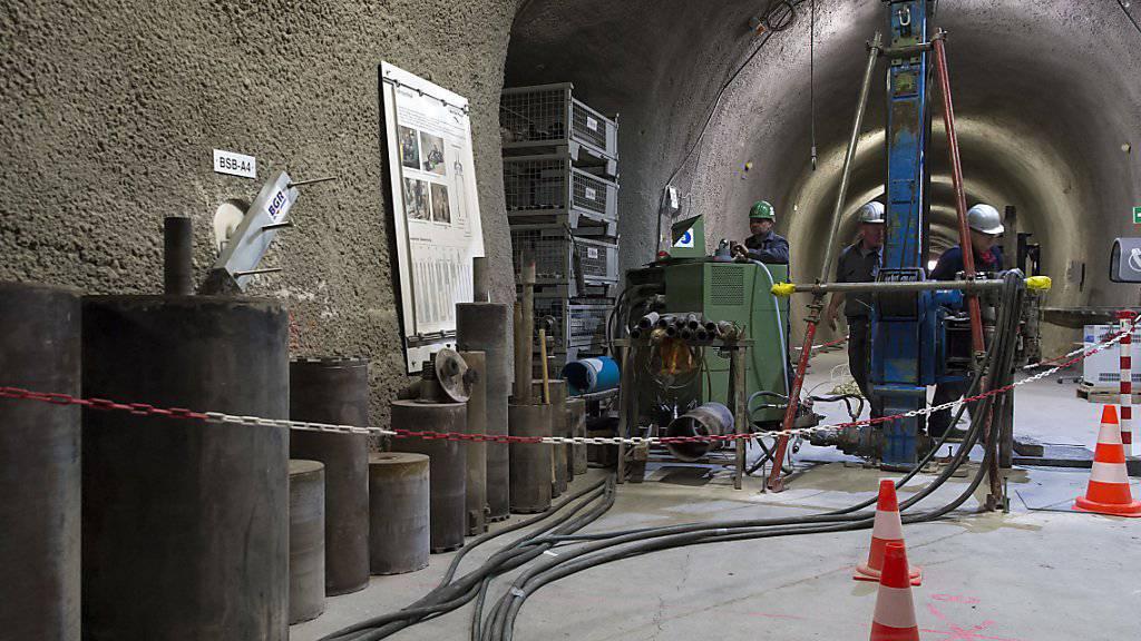 Die Nagra sistiert vorläufig die Informationsreisen zu Entsorgungsanlagen im Ausland. Auf dem Bild ist das Felslabor Mont Terri in der Schweiz zu sehen. (Archivbild)