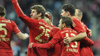 Trotz Unterzahl: Bayern feiern Sieg gegen Köln