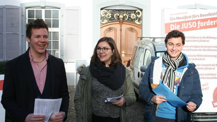 Pressekonferenz der Juso zu den Landratswahlen: Hier mit Bühler, Marti und Kirchmayr