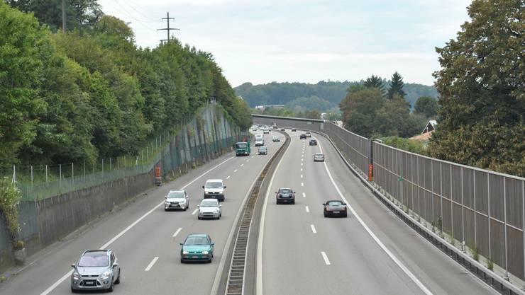 Der Autobahnabschnitt auf der A3 zwischen Eiken und Rheinfelden (hier in Mumpf) ist einer der längsten der Schweiz ohne Ausfahrt. Das könnte sich in Zukunft ändern.