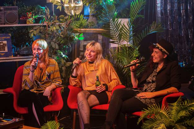 Die St. Galler Band «Velvet Two Stripes» beim Interview im Lovestream-Studio