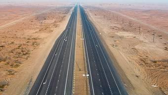 In 12 Tagen sollen 200 Kilometer asphaltiert werden.