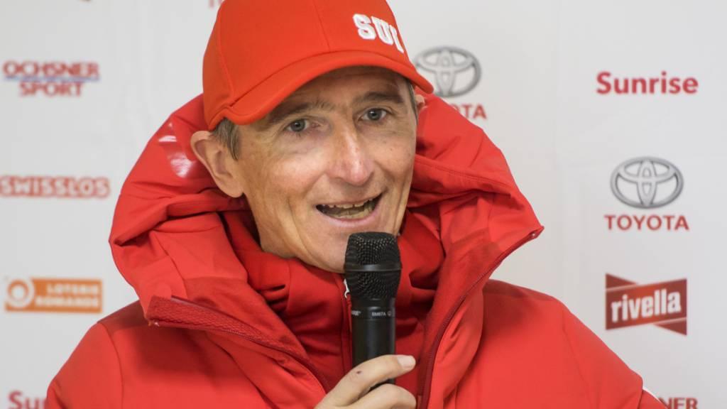 Hippolyt Kempf, im Schweizer Nordisch-Sport bestens vernetzt, steht Red und Antwort.