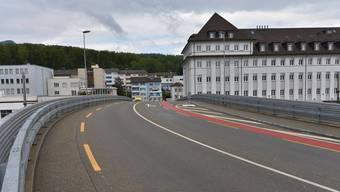 An der Strassenüberführung Usego müssen Ausbesserungsarbeiten ausgeführt werden.