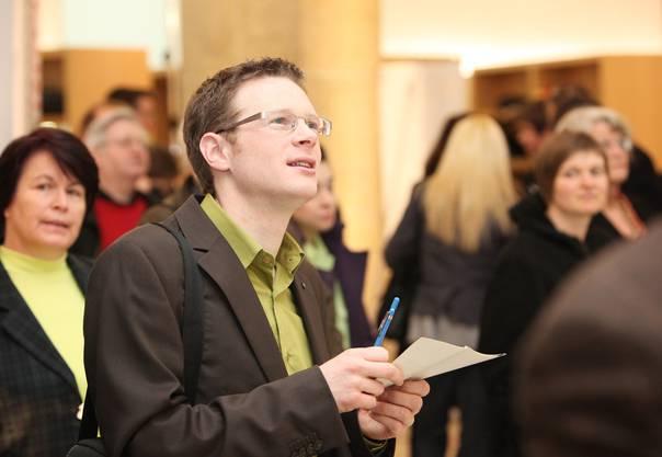 Jonas Fricker bei den Grossratswahlen am März 2009 in Aarau. Von 2007 bis 2010 war er Ratsmitglied. Von 2005 bis 2009 war er zudem Parteipräsident der Grünen im Kanton Aargau.