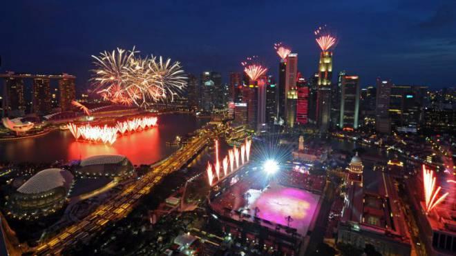 Das Feuerwerk am National Education Day vom 25. Juli zählt bereits zu den Aktivitäten zur Feier des 50-Jahr-Jubiläums von Singapur am heutigen 9. August. Foto: Keystone