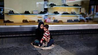 Mehr als die Hälfte der syrischen Flüchtlinge im Libanon lebt nach Uno-Angaben in extremer Armut. Viele sind gezwungen, zu betteln. (Archivbild)